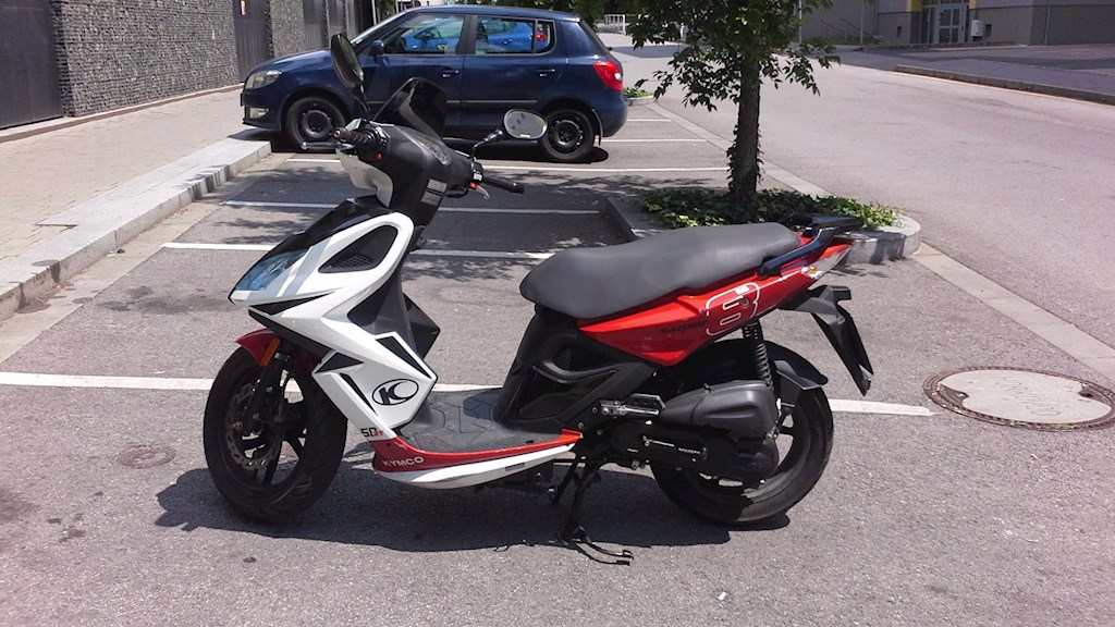 Rent Scooter Kymco Super 8 50 2t In Prague